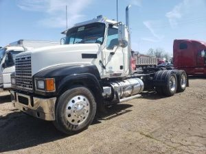 2013 MACK PINNACLE CHU613 6020762891