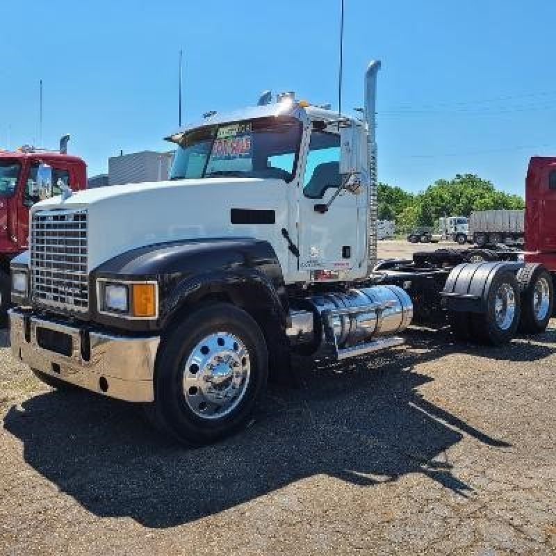 2013 MACK PINNACLE CHU613 6076408387