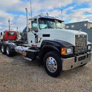 2013 MACK PINNACLE CHU613 6165318435